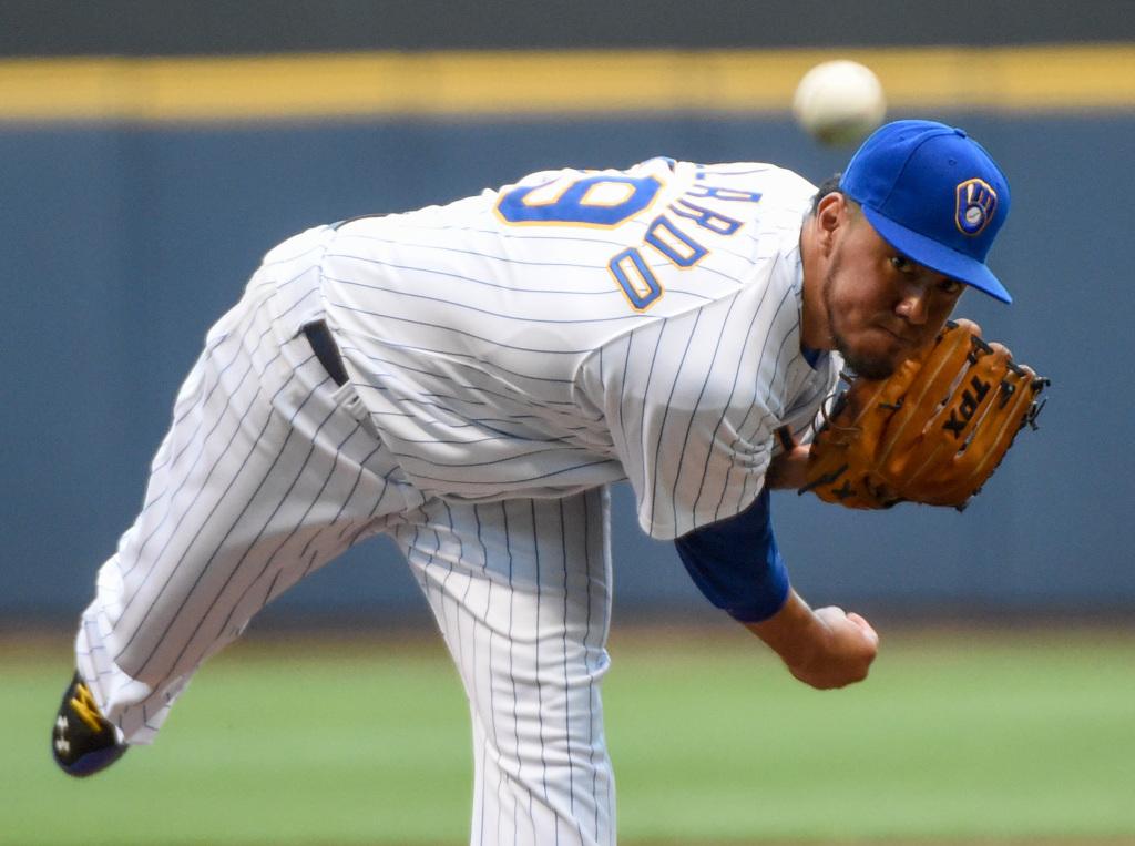 Brewers Sign Yovani Gallardo - MLB Trade Rumors