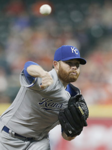 Apr 14, 2016; Houston, TX, USA; Kansas City Royals starting pitcher Ian Kennedy (31) pitches against the Houston Astros in the third inning at Minute Maid Park. Mandatory Credit: Thomas B. Shea-USA TODAY Sports