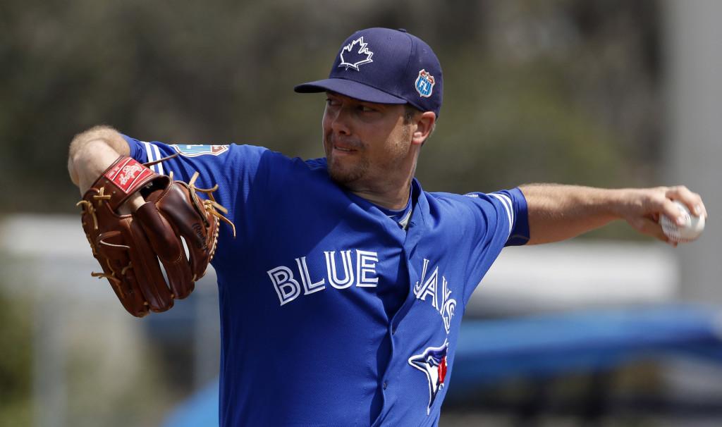 Mariners Acquire Wade LeBlanc - MLB Trade Rumors