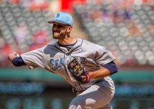 Jun 18, 2017; Arlington, TX, USA; Seattle Mariners relief pitcher Steve Cishek (31) in action during the game against the Texas Rangers at Globe Life Park in Arlington. Mandatory Credit: Jerome Miron-USA TODAY Sports