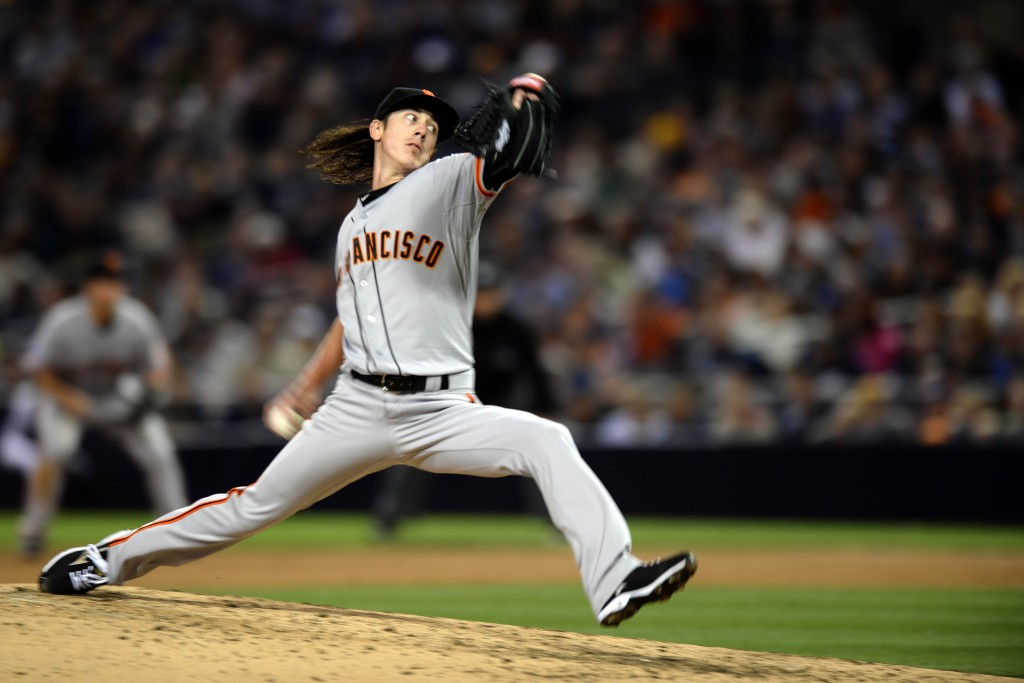 Tim-lincecum-pitching-1024x683
