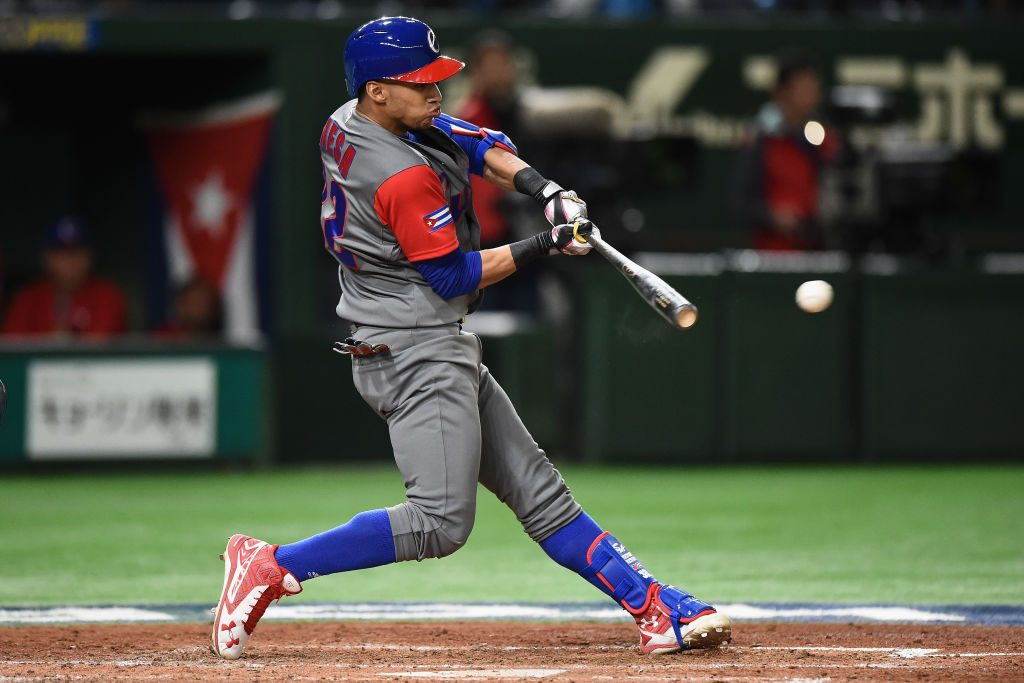 Mesa Brothers Leave Cuba To Pursue MLB Contracts - MLB ...