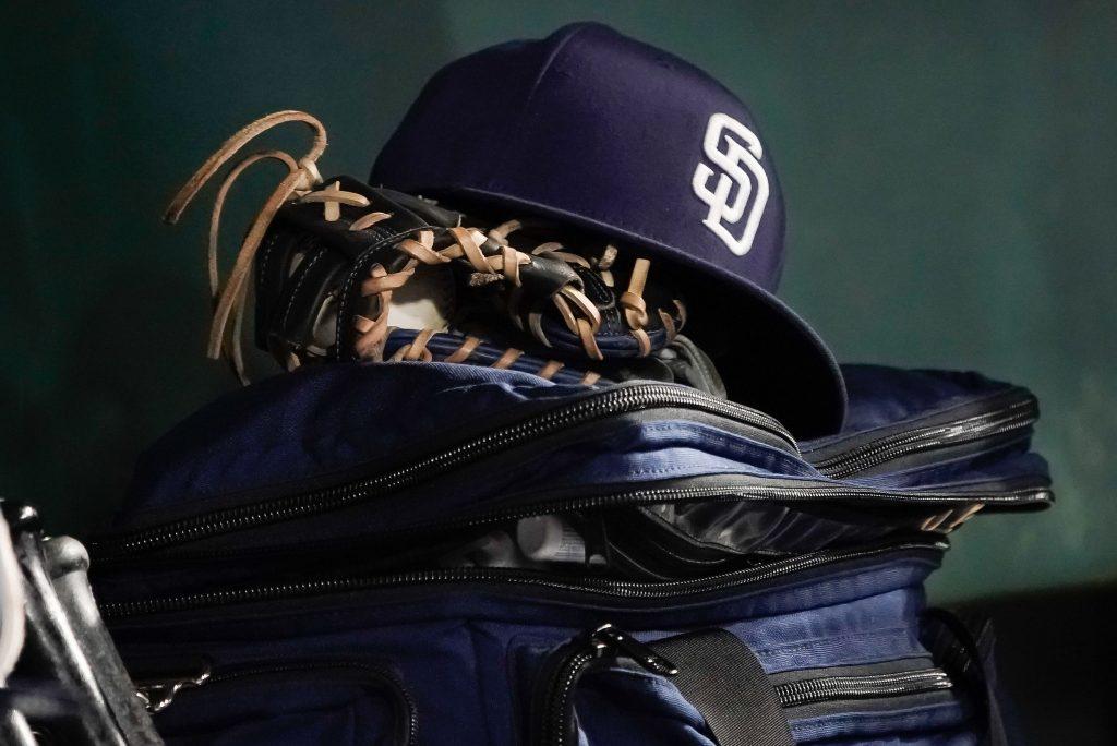 Padres Sign 2 High Draft Picks - MLB Trade Rumors thumbnail