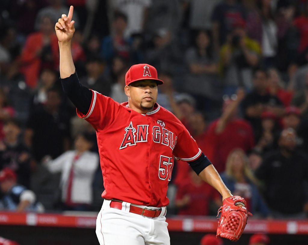 AL West Notes: Robles, Mathis, Astros