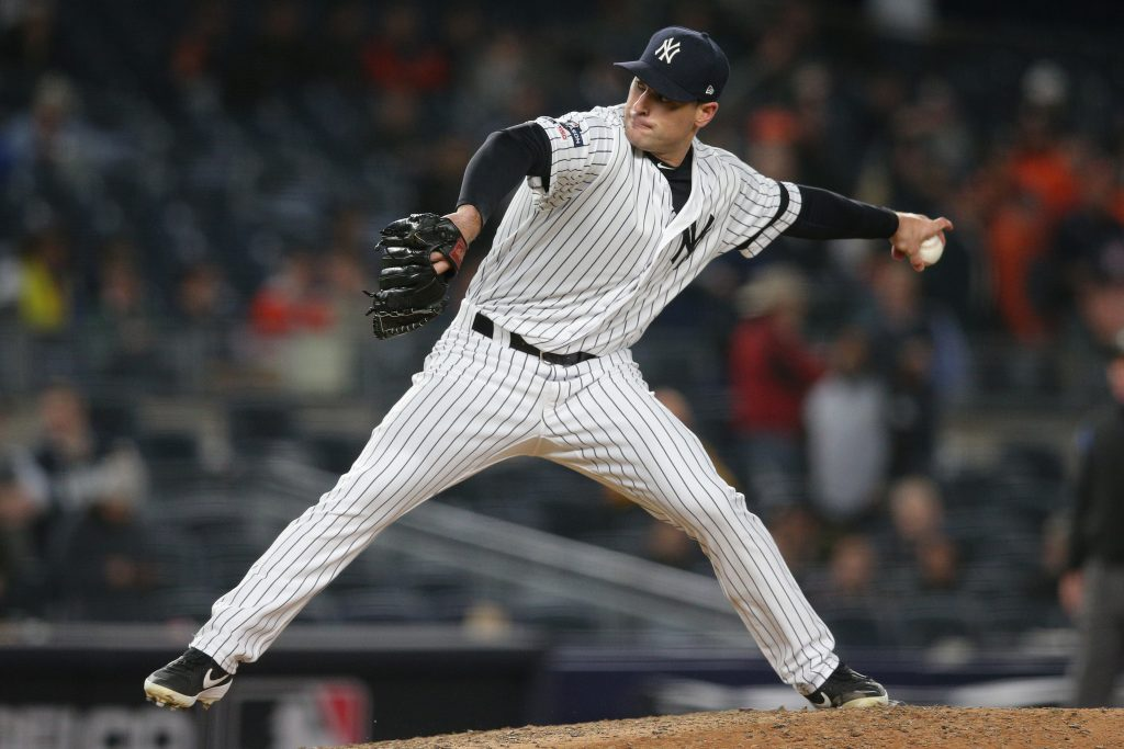 Yankees Sign Tyler Lyons