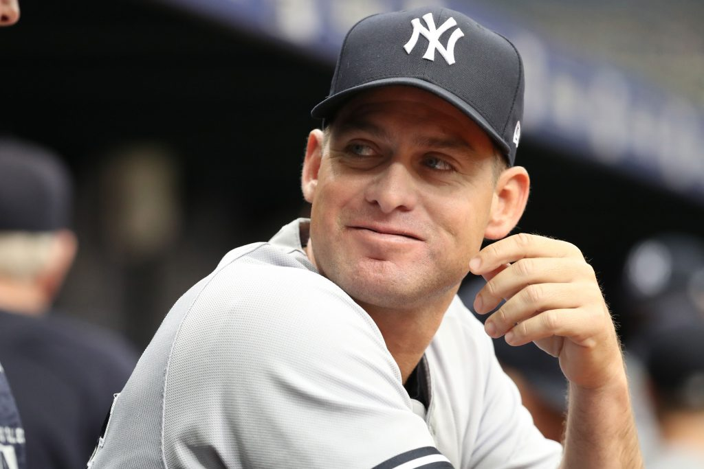 Carlos Mendoza to replace Josh Bard as Yankees bench coach