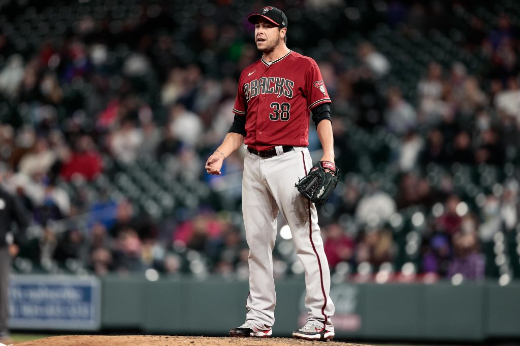 Diamondbacks Designate Anthony Swarzak For Assignment - MLB Trade Rumors
